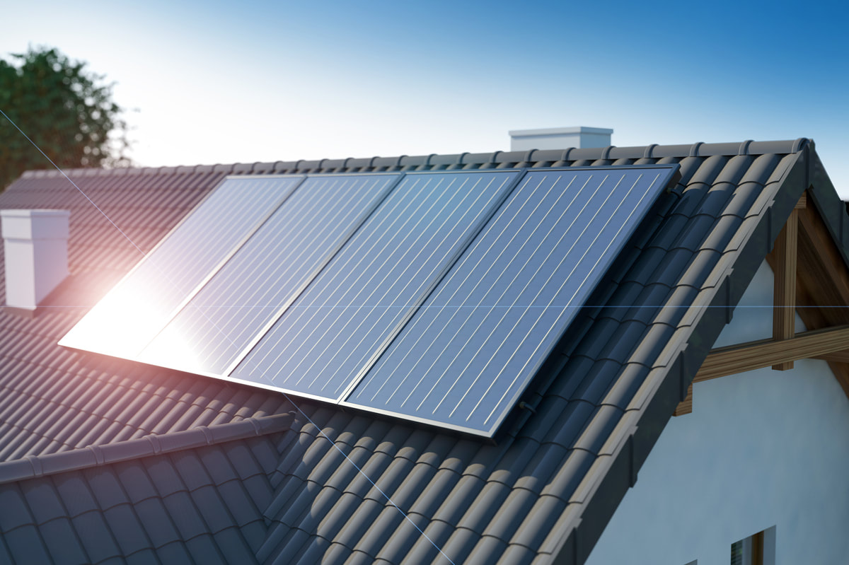How Installing Solar Panels On the Roof Impacts Insurance Risk
